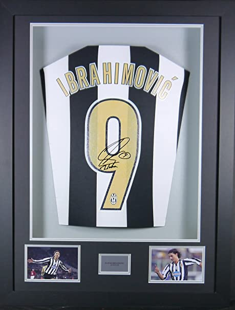 new arrival 72bb5 8d15d Zlatan Ibrahimovic Juventus Signed Shirt 3D Framed Display ...