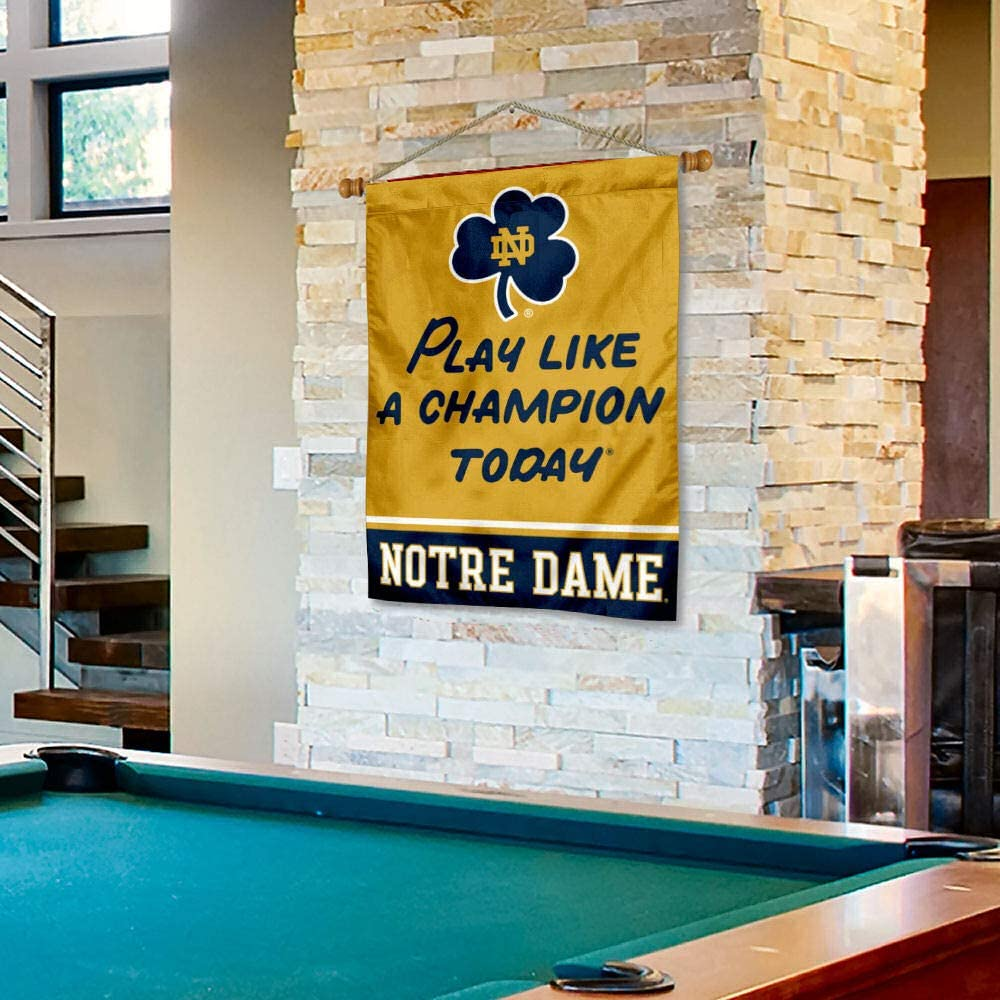 WinCraft Notre Dame Fighting Irish Banner with Hanging Pole