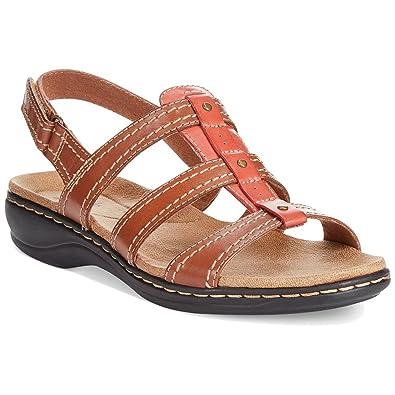 8b0bb33a46a1 CLARKS Collections Women s Leisa Daisy Flat Sandals Tan (8.5 M