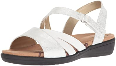 67000189eca6 Amazon.com  Soft Style by Hush Puppies Women s Pavi Sandal  Shoes