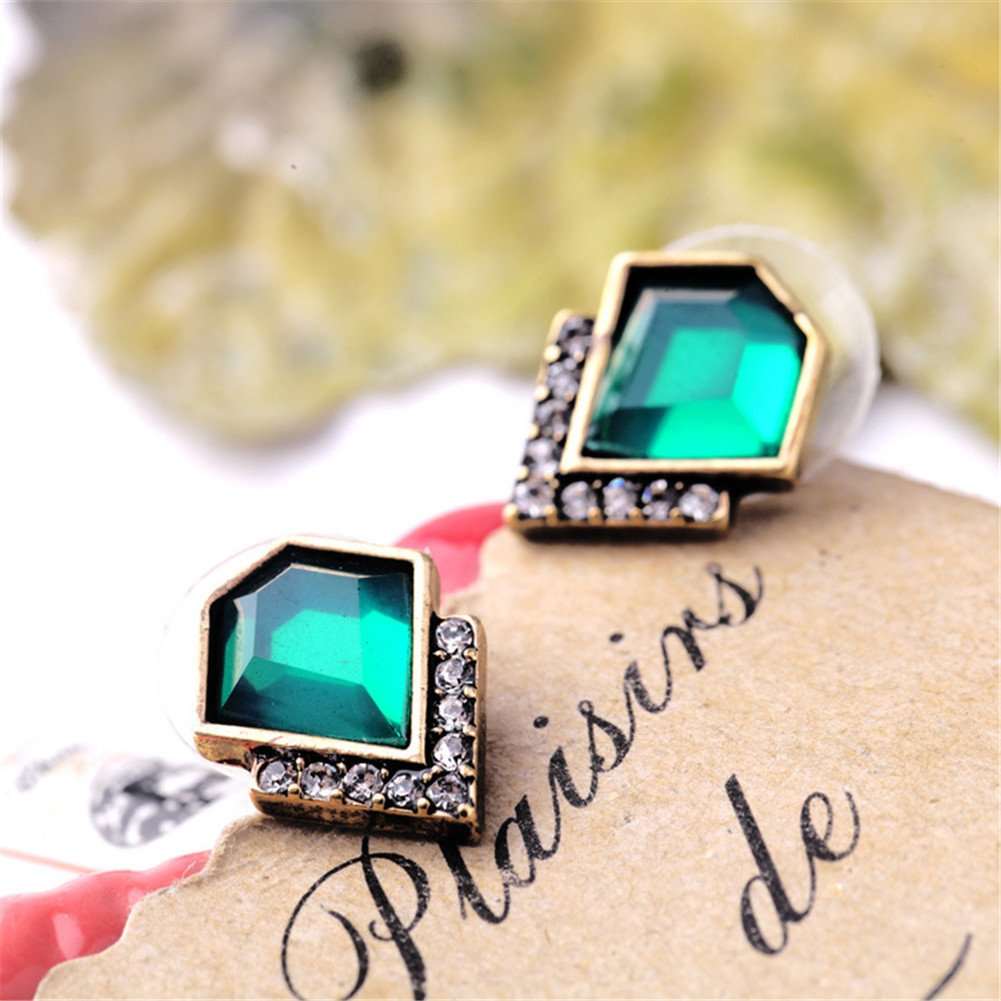 Women\'s Classic V Design Green Emerald Stud Earrings, Fashion Crystal Jewelry for Party
