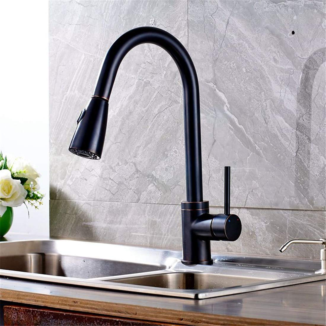 Retro Hot and Cold Faucet Retro Luxury Pull Out Oil Rubbed Bronze Finish Kitchen Faucet Mixer Tap