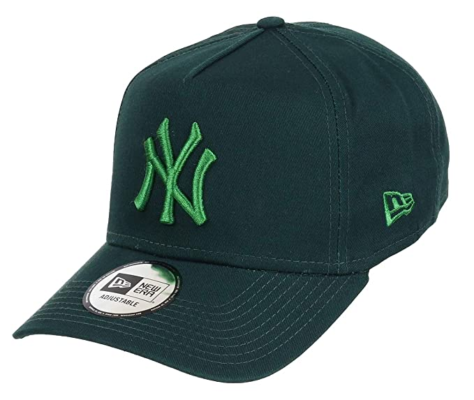 d0a26c9d3a6 New Era New York Yankees Adjustable A Frame Cap League Essential Dark  Green Green - One-Size  Amazon.co.uk  Clothing