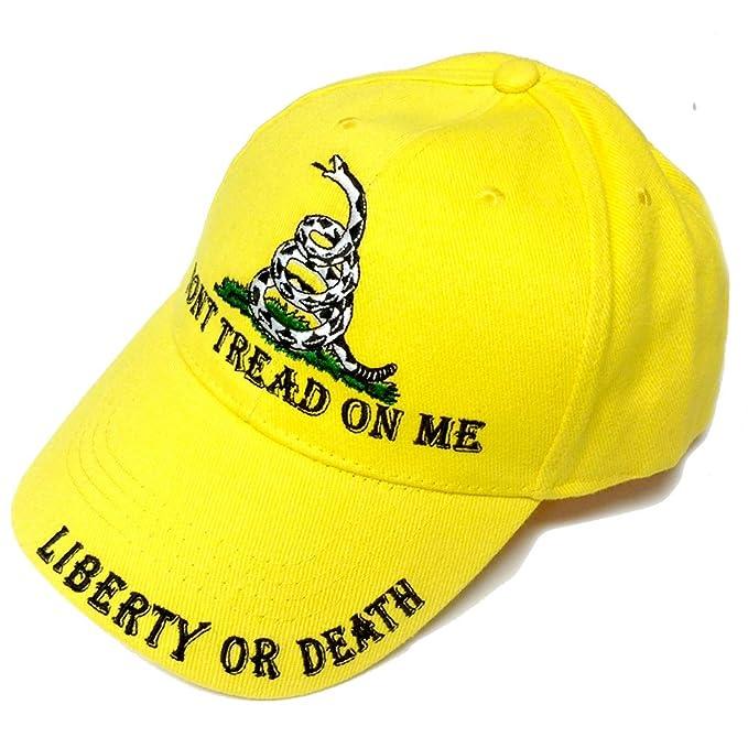 d8bb8391f71 Amazon.com  Don t Tread on Me Baseball Style Hat  Clothing