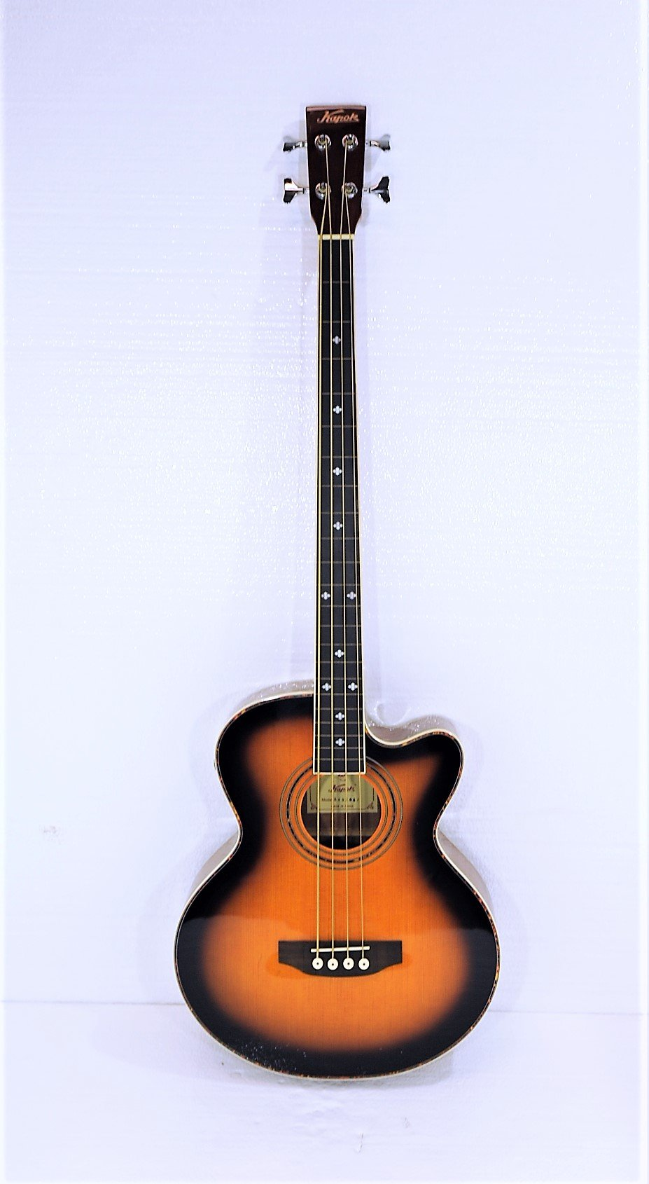 Fretless 4 String Cutaway Acoustic Electric Bass, Sunburst Top