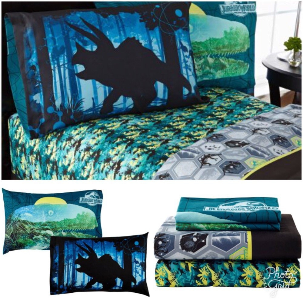 Kids Universal's Jurassic World Twin Bedding Sheet Set