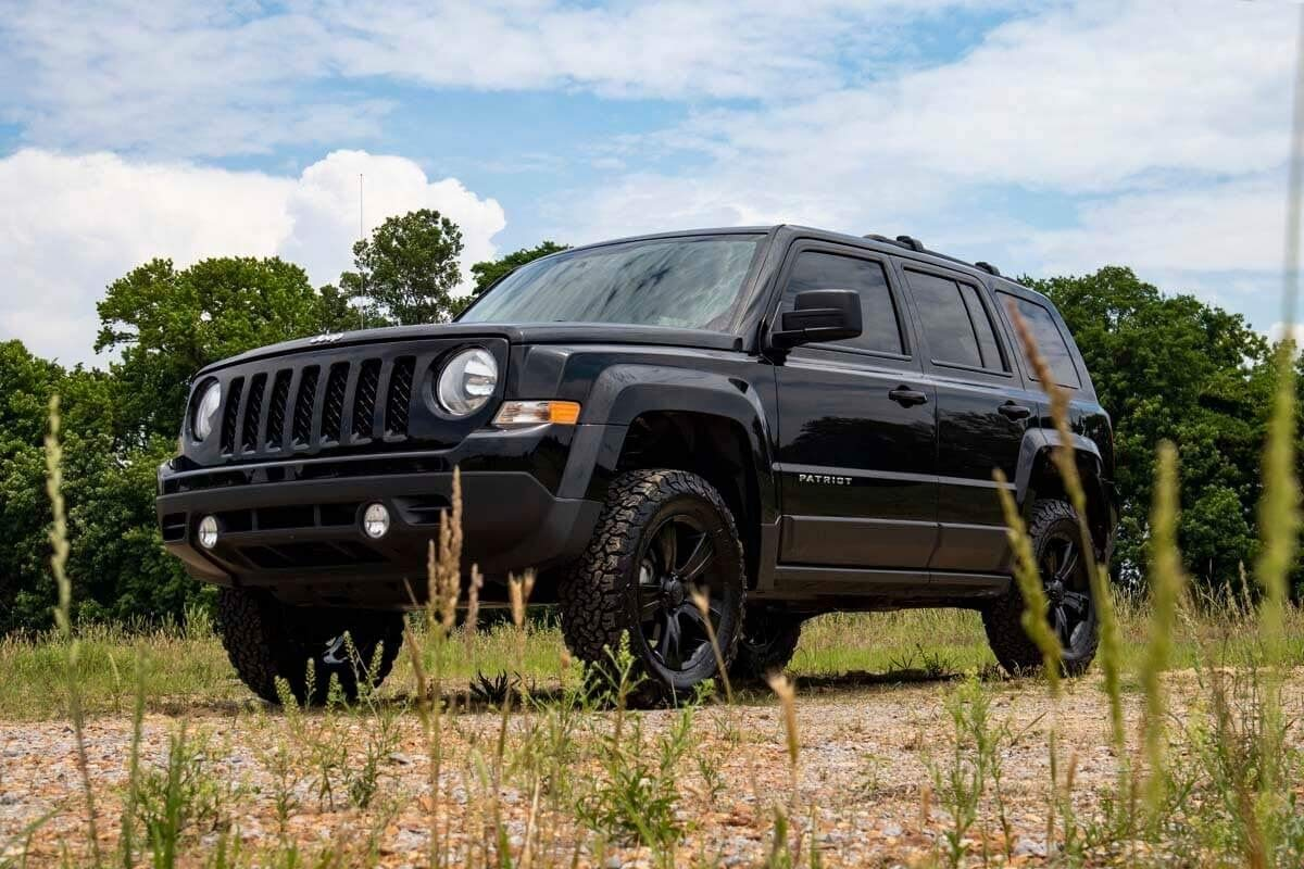 Amazon Com Rough Country 2 Lift Kit Fits 2010 2017 Jeep Patriot