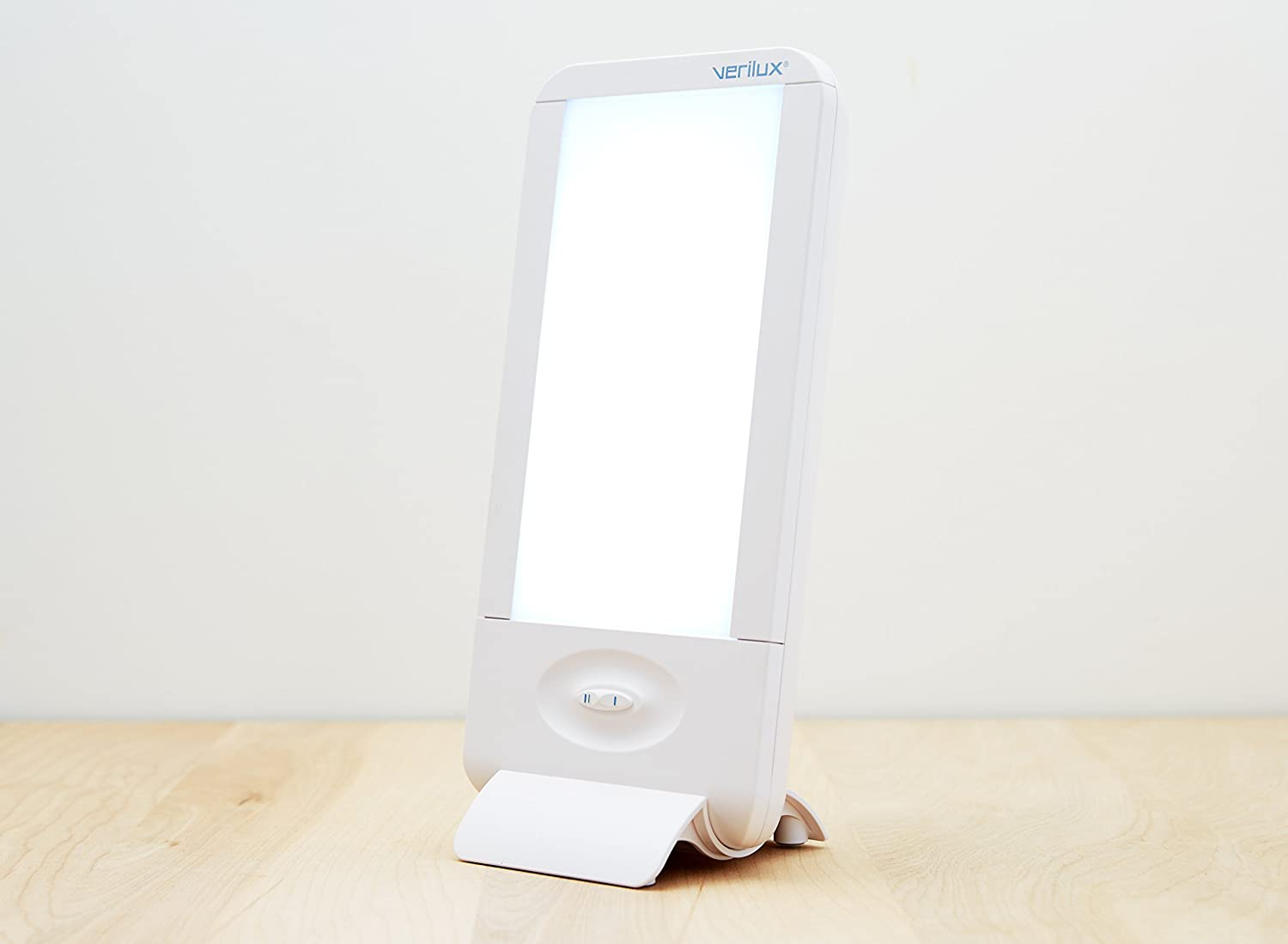 Amazon.com: Verilux HappyLight Liberty 10,000 LUX Light Therapy Energy Lamp:  Health U0026 Personal Care