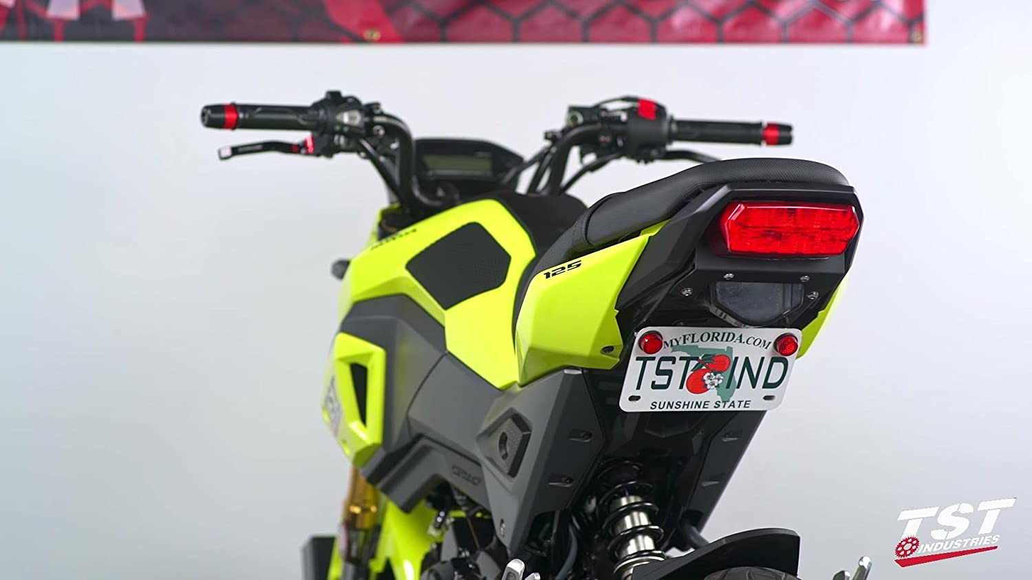 motorcycle fit for the OEM# VM-HG710 and aftermarket blinkers Motorsports Fender Eliminator license plate mount Compatible with the Honda Grom//MSX125 2017 iFJF