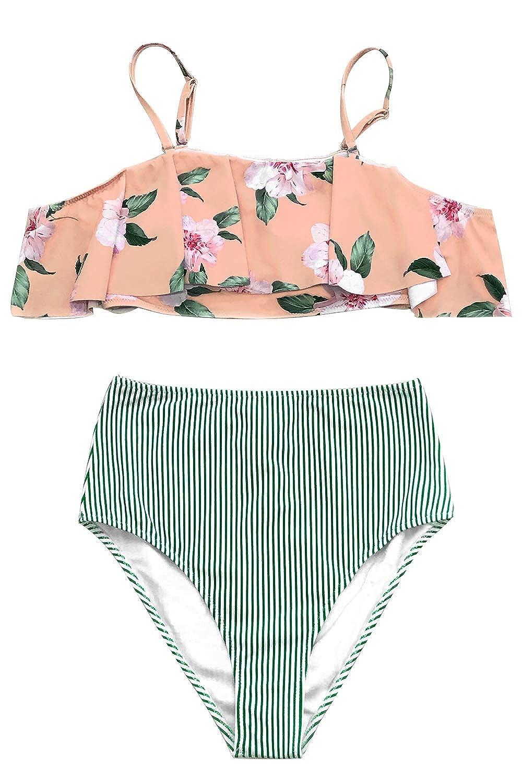 dcb7c868372 Amazon.com  CUPSHE Women s Falbala Design Bikini Set  Clothing