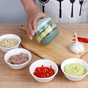 iHave Garlic Chopper, Mini Food Processor Small manual Food Chopper, Hand Garlic Mincer for Vegetable, Onion, Meat, Professional Garlic Crusher, Easy to Clean Mini Chopper with Garlic Peeler (green)