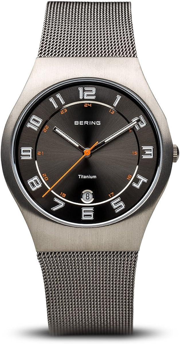 Bering Classic - Reloj analógico de caballero de cuarzo con correa de acero inoxidable plateada - sumergible a 50 metros