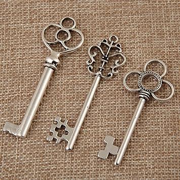 Mixed Pack of 30 Vintage Retro Rustic Skeleton Keys in Antique Bronze...