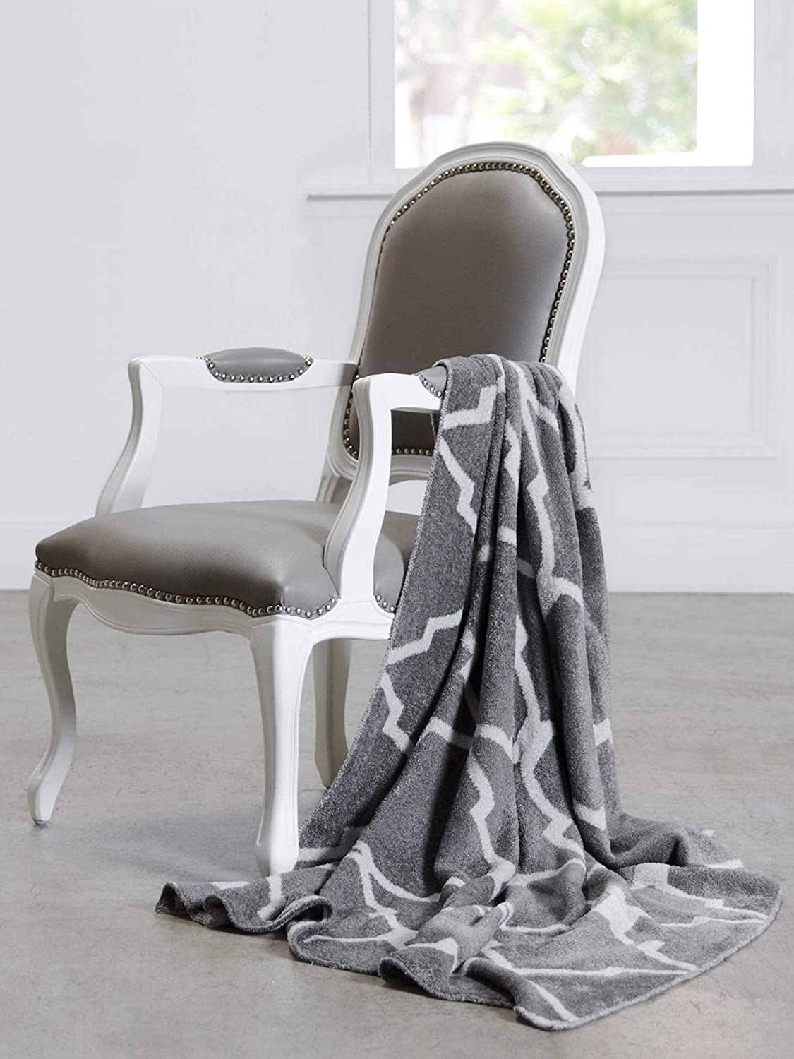 "Giraffe at Home Dolce Moroccan Throw, Charcoalsilver, 45"" x 59"""
