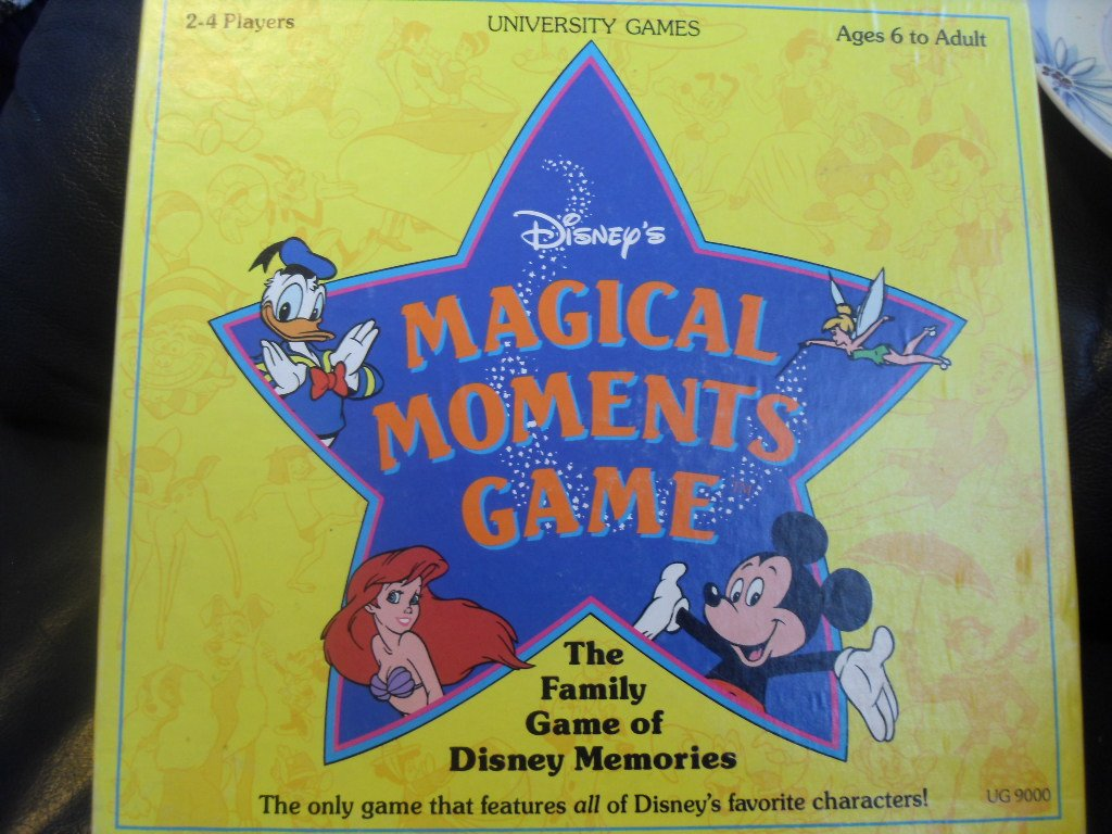 Disney's Magical Moments Game (The Family Game of Disney Memories)