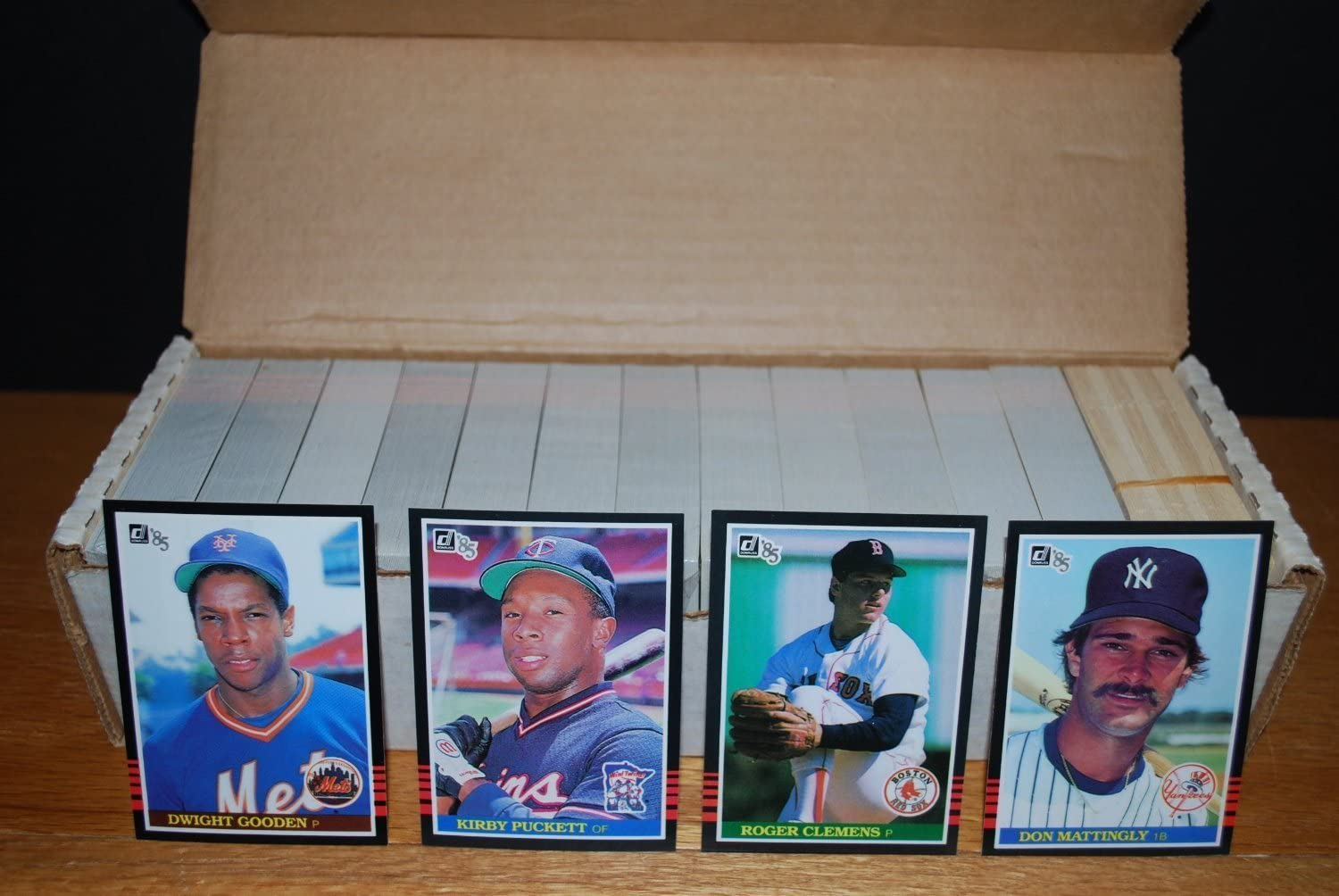Amazon Com 1985 Donruss Baseball Complete Set 665 Card Set Sports Related Trading Cards Sports Outdoors