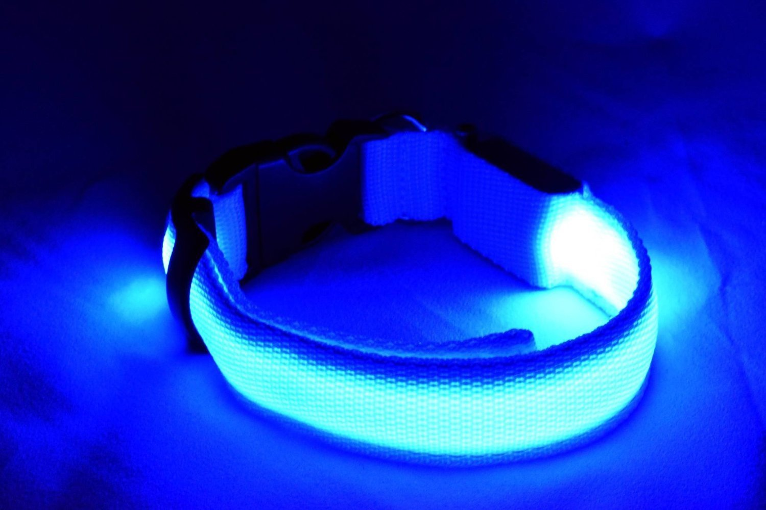 LED Dog Safety Collar Flashing Light up, Flashing Dog Collar with Batteries - Keep Your Friend Safe in Night Walks ( Large (17.7~20.5 inch), Blue) by WOWMO