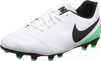 financiero alquitrán Pensativo  Amazon.com | Nike Tiempo Rio III Kid's Firm Ground Soccer Cleats | Chukka