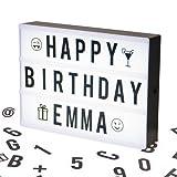 Cosi Home™ - Caja de Luz Cinematográfica Tamaño A4 con 100 Letras, Emojis, Emoticonos y Símbolos - Personaliza tu Propio Mensaje - Funciona con Pilas o Cable USB