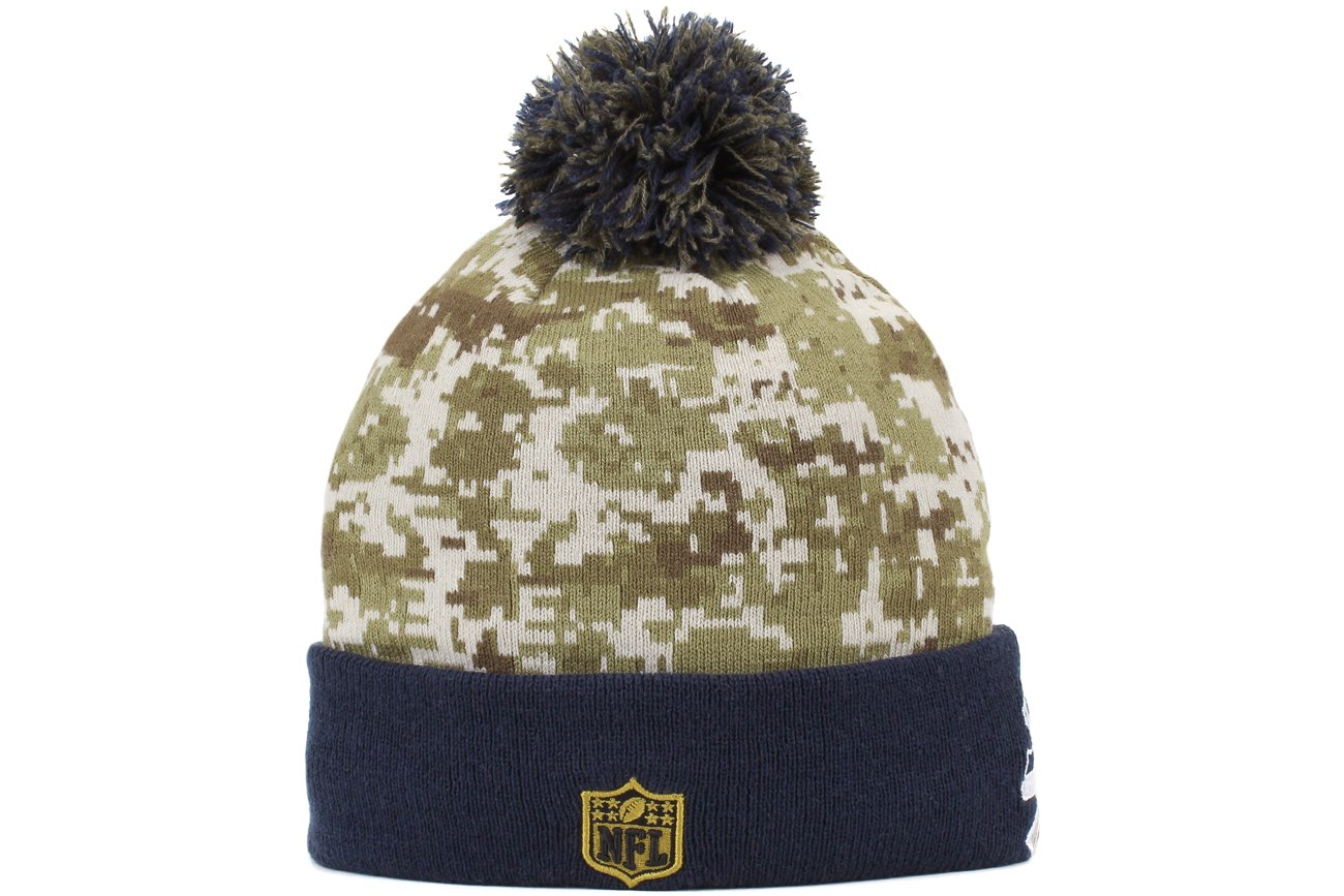 9ec45c9068c Amazon.com   New Era Seattle Seahawks 2015 NFL Sideline Salute to Service  Sport Knit Hat   Sports   Outdoors