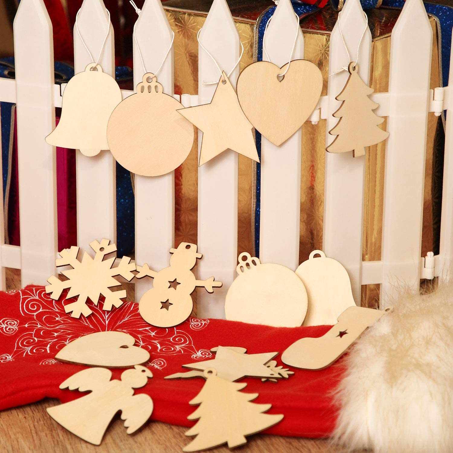 Favide 120 Pieces Wooden Christmas Cutouts Wood Slice Xmas Embellishments Hanging Ornaments with Ropes for Christmas Decoration 120 Festival DIY Wood Crafts Wedding