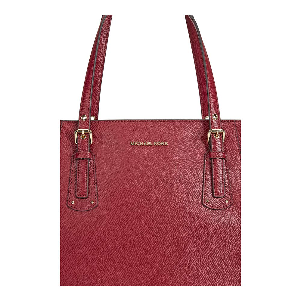 284d630c5d85 MICHAEL KORS Voyager Textured Crossgrain Leather Tote- Maroon  Amazon.in   Shoes   Handbags
