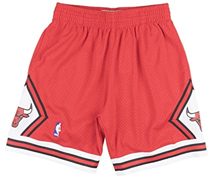37e8fb0d28243a Chicago Bulls Mitchell   Ness NBA  quot Swingman quot  Men s Mesh Shorts ...