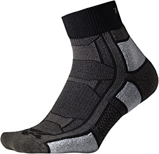 product image for thorlos mens Oaqu Thin Cushion Outdoor Athlete Ankle Socks