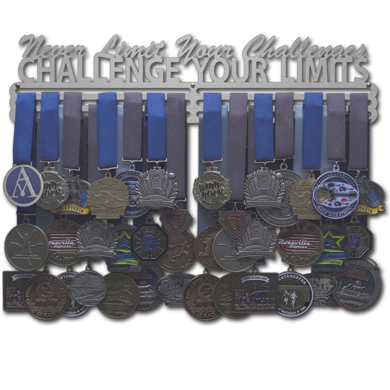 Allied Medal Hangers – Challenge Your Limits – 複数のサイズオプション – スポーツメダルハンガーホルダーディスプレイラック B01BT8OL56 幅18インチ、ハンガーバー3つ付き