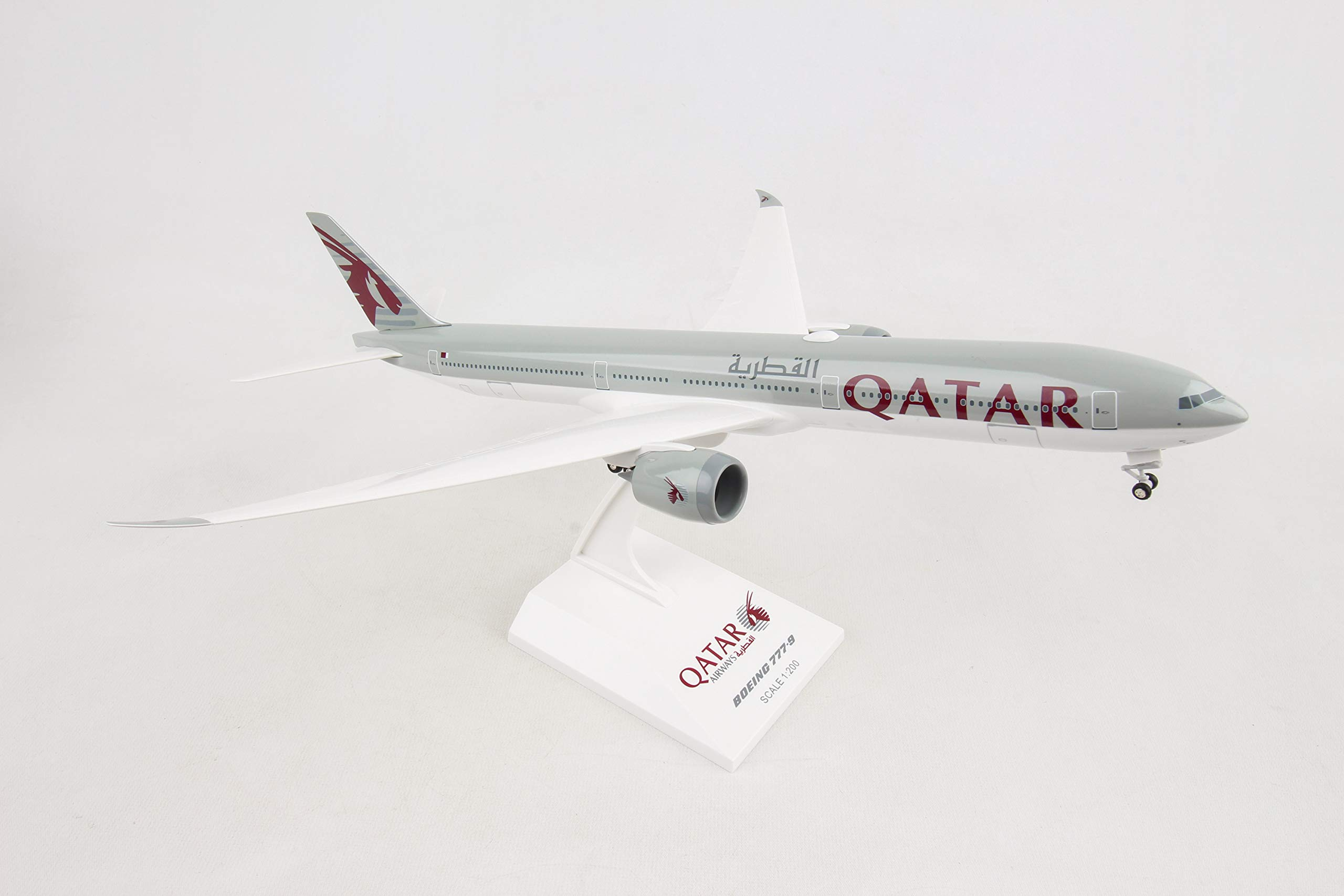 Daron Skymarks Qatar 777-9 1/200 with Gear & Display Stand