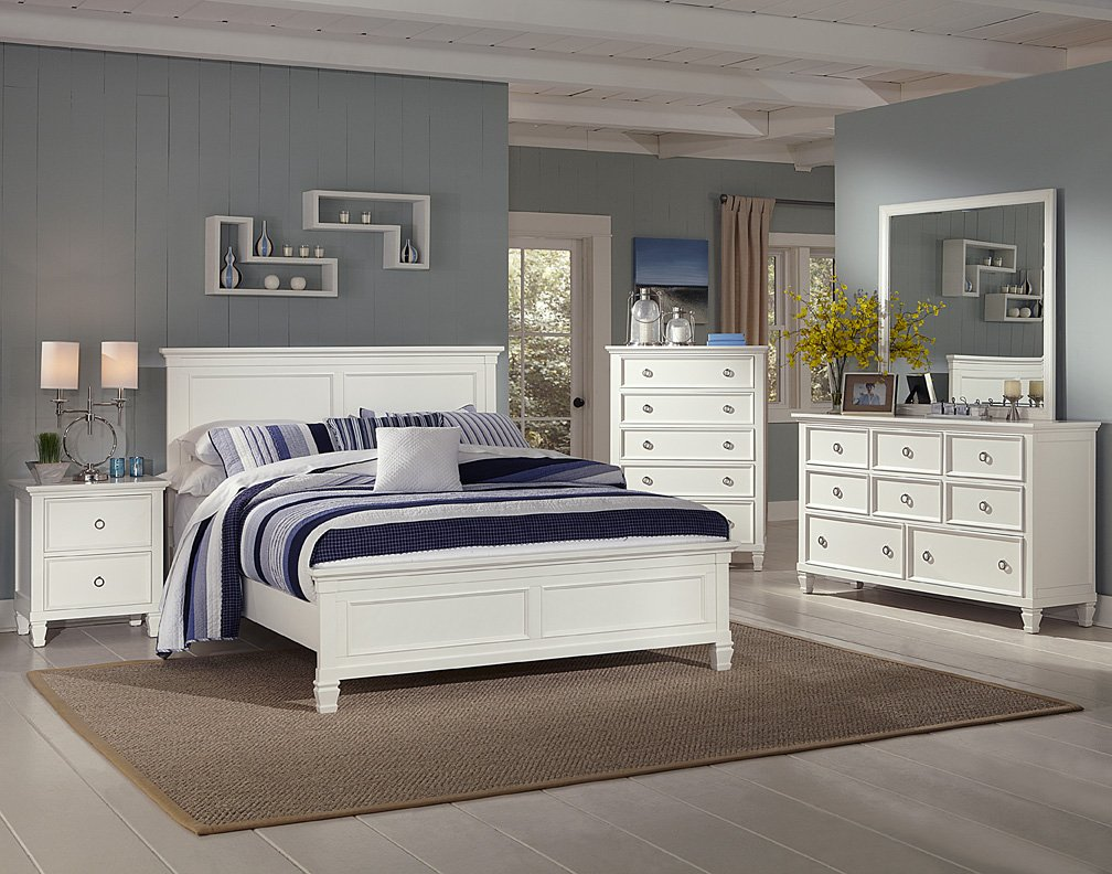 Amazon.com: New Classic Tamarack Bedroom Set with Queen Bed ...