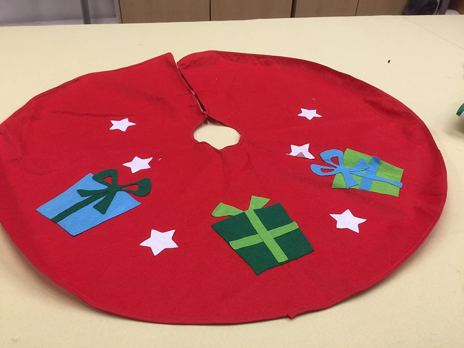 Red Felt Christmas Xmas Tree Skirt with Gift Accent