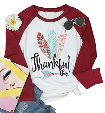ad9bf41f903 Amazon.com  Thanksgiving Thankful Feather Arrow Print Raglan T-Shirt Women  Long Sleeve Tops Blouse  Clothing