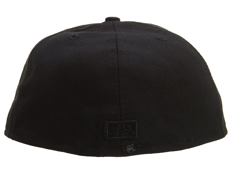 e3fe35609d5 Amazon.com  New Era Cleveland Indians Fitted Hat Mens Style  HAT654-BLACK  Size  8  Shoes