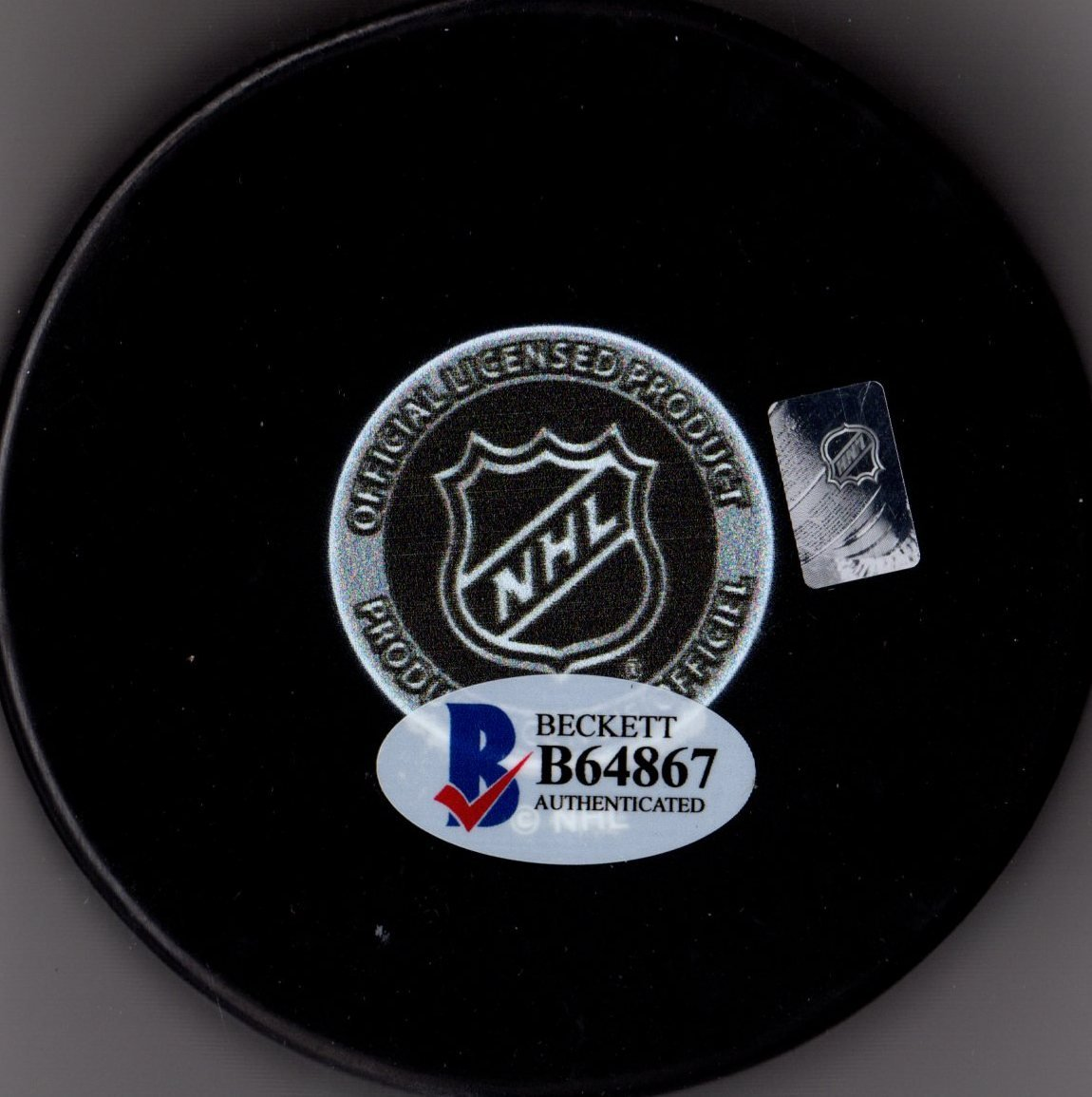 "Beckett BAS Bobby Hull #9 ""The Golden Jet"" Autographed Signed Chicago Blackhawks Hockey Puck"