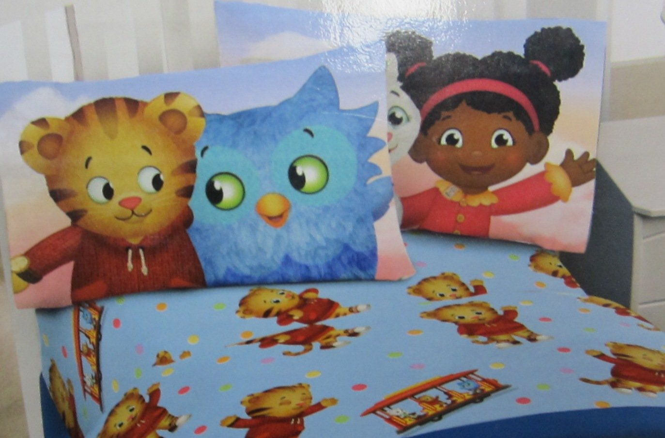 Daniel Tiger Neighborhood Friends Action Figures Set