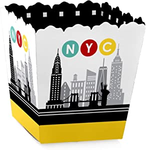 Big Dot of Happiness NYC Cityscape - Party Mini Favor Boxes - New York City Party Treat Candy Boxes - Set of 12