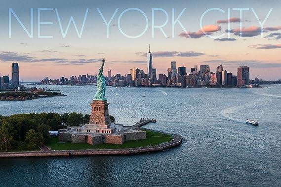 Ciudad de Nueva York, NY – Antena view y Estatua de la ...