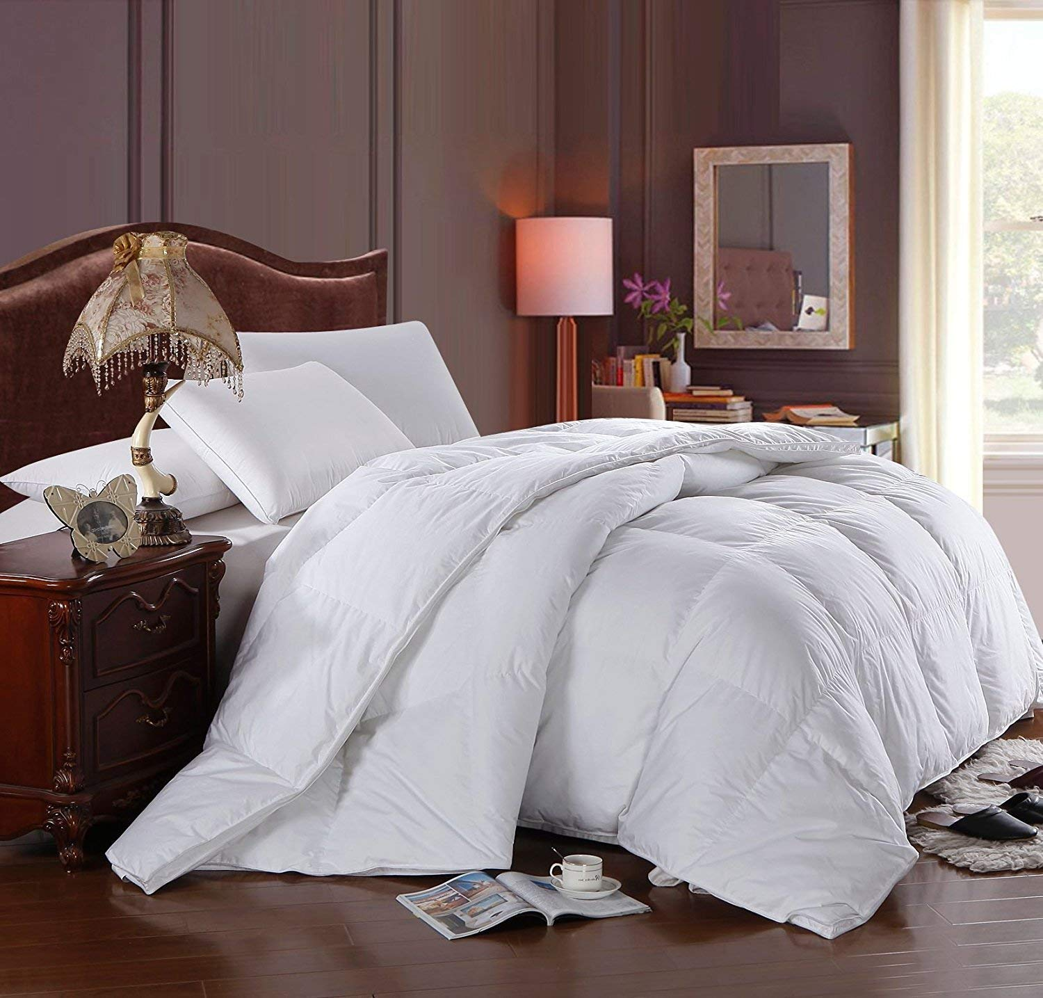 Soft, Light, Warm DOWN COMFORTER, 600 Fill Power, 100% Cotton Cover/Shell, 300 Threadcount, Solid White, OVERSIZED QUEEN Royal Hotel Bedding