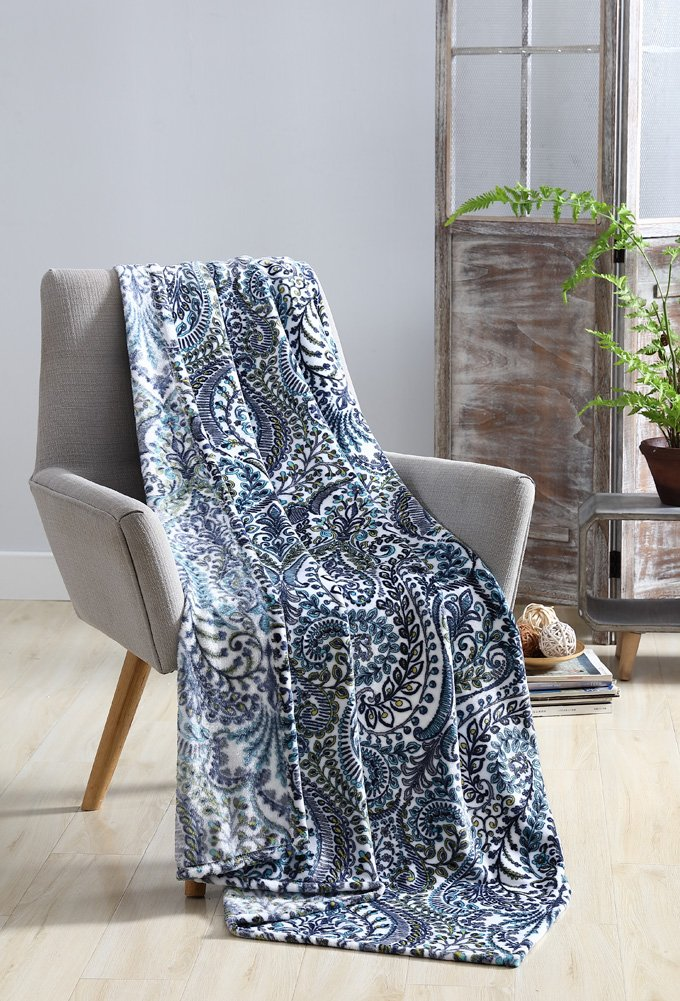 Hudson Essex Anson Velvet Plush Throw, Ultra Soft And Lightweight, Great For Bedroom, Study Space Or Travel, Unique Abstract Floral Design, 50x70 Inches (Aqua)