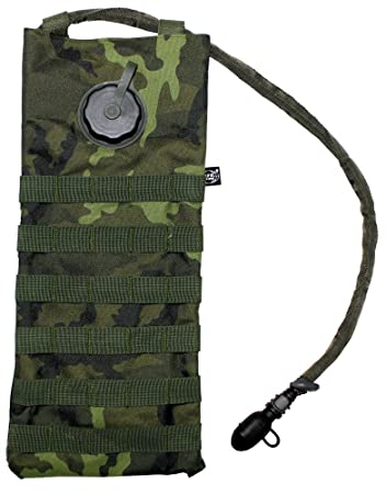 7c06c37c5fd3 MFH Hydration Bladder and Carrier MOLLE Czech Woodland