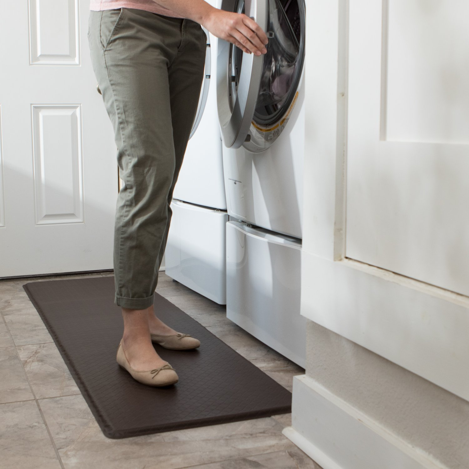 """GelPro Classic Anti-Fatigue Kitchen Comfort Chef Floor Mat, 20x72"""", Linen Cardinal Stain Resistant Surface with ½"""" gel core for health & wellness by GelPro (Image #7)"""
