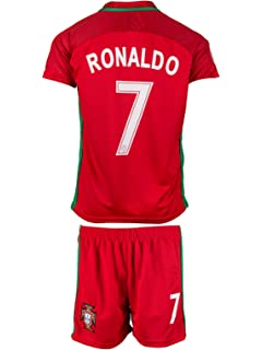 buy online 46630 d283e Nike 2018-2019 Portugal Away Mini Kit: Amazon.co.uk: Sports ...