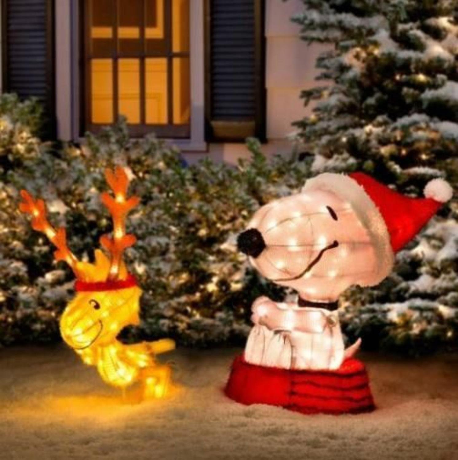 Snoopy outdoor christmas decorations - Amazon Com 34 Pre Lit Peanuts Soft Tinsel Snoopy With Woodstock Christmas Yard Art Decoration Clear Lights Patio Lawn Garden