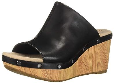 c2e533c21f Amazon.com | CLARKS Women's Annadel Molly Wedge Sandal | Platforms ...