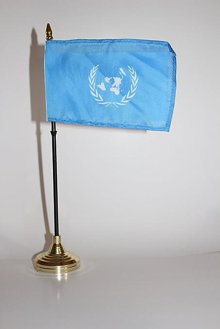 Las Naciones Unidas UN MUNDO paz 4