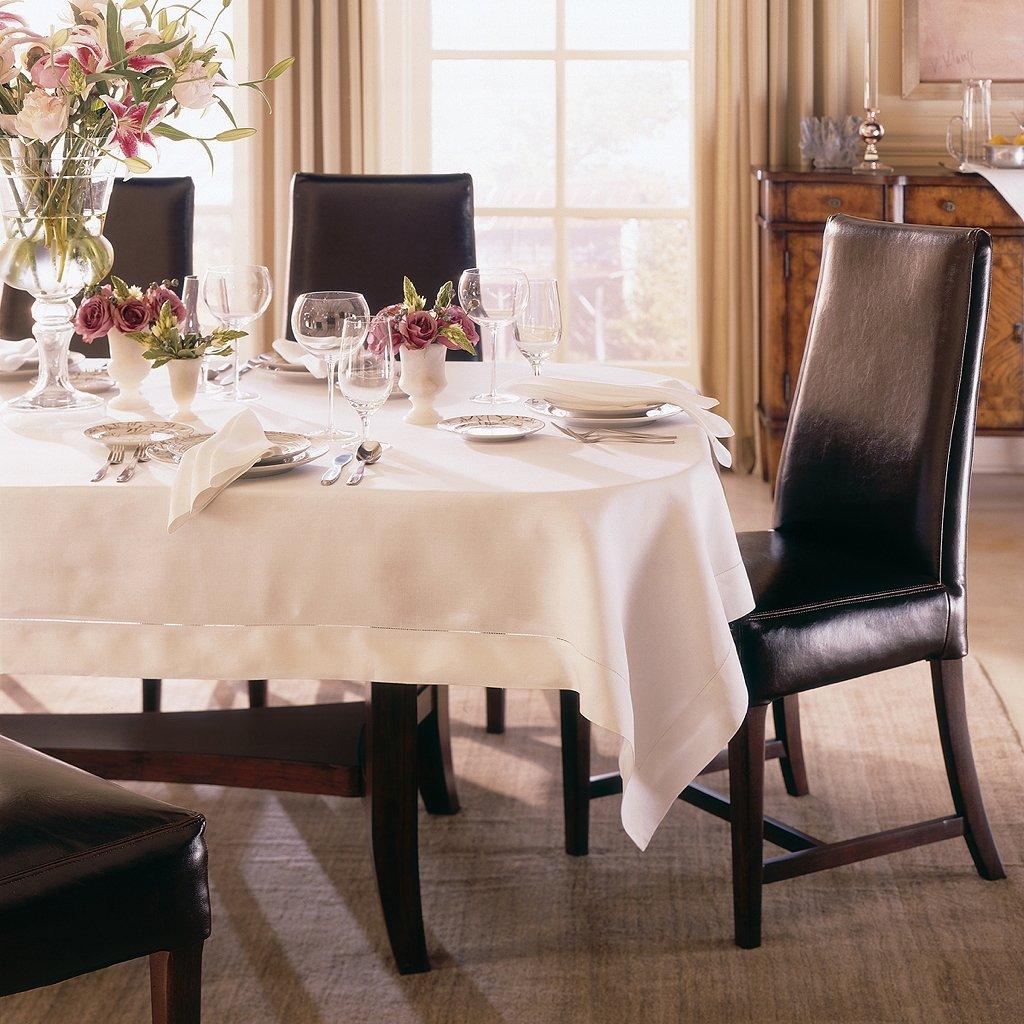 Classico by Sferra - Oblong Tablecloth 66x160 (White)