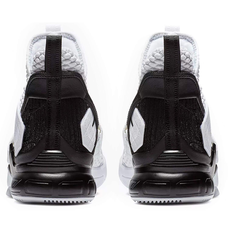 sale retailer 89a79 7dfc0 Amazon.com   Nike Men s Lebron Soldier XII Basketball Shoe   Shoes