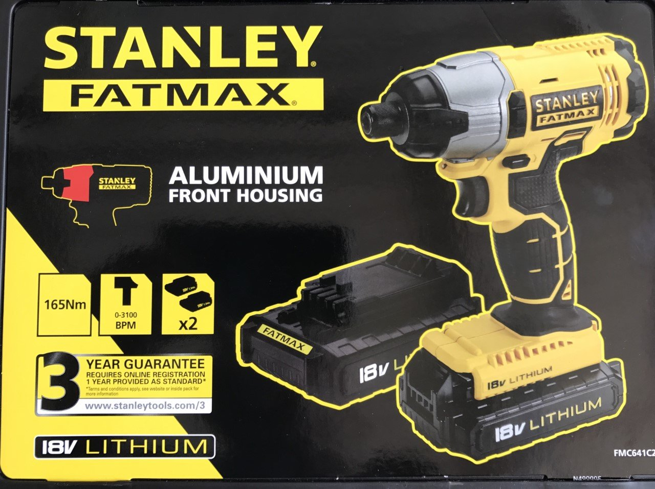 STANLEY FATMAX 18V IMPACT DRIVER X2 BATTERIES CHARGER IN HEAVY DUTY CASE**FREE 100 PIECE ACCESSORY SET***