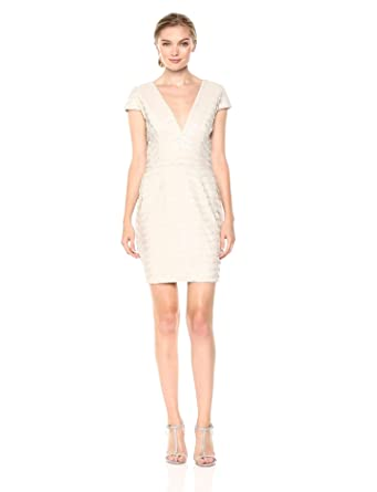 447dc02960a Dress the Population Women s Zoe Cap Sleeve Plunging Sequin Mini Dress